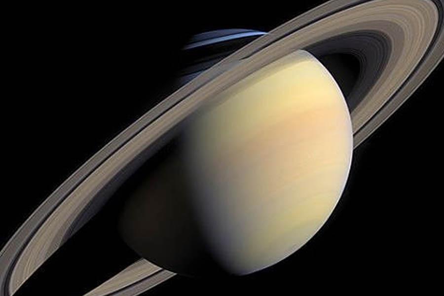 Según una nueva investigación de la NASA, Encélado, uno de los satélites de  Saturno, podría albergar vida microbiana. d4d54df597